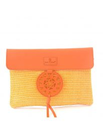 Дамска чанта в оранжево от плетиво с капак и ефектна катарама - код OY-1202
