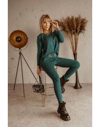 Дамски комплектблуза и спортен панталон в зелено - код 9896