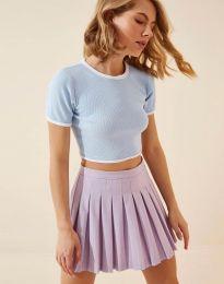 Къса дамска тениска в светлосиньо - код 8377