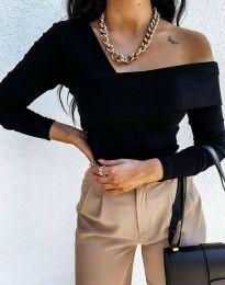 Елегантна дамска блуза с ефектно деколте и голи рамене в черно - код 0839