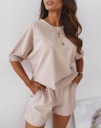Ежедневен сет свободна блуза и къси панталонки в бежово - код 2234